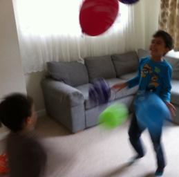 Balonlar dusmesin